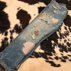 True Religion Low Rise Relaxed Skinny 29